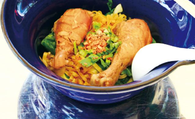 ドラムスティックのみが 入ったスープなし中華麺・・・45B