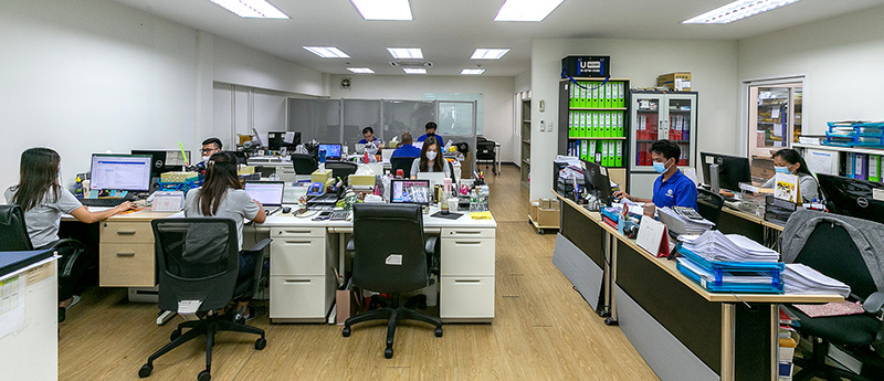 同社では、販売(ホールセールス)とメンテナンスが業務の中心となっている