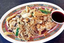 タイ人も大好きな中華風焼きそば