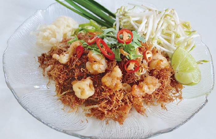 ラマ5世も食した絶品の揚げビーフン - ワイズデジタル【タイで生活する人のための情報サイト】