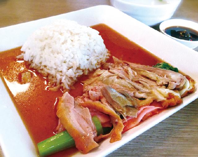 麺類のほか、ご飯メニューも揃っています。
