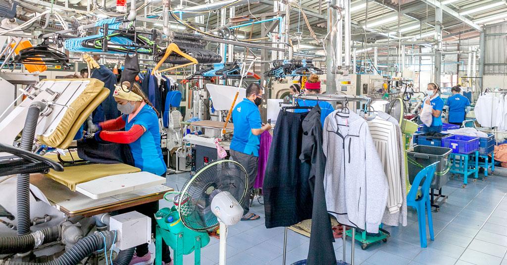 同社の専用工場では多くのタイ人スタッフが働く - KIKUYA THAILAND CO., LTD.