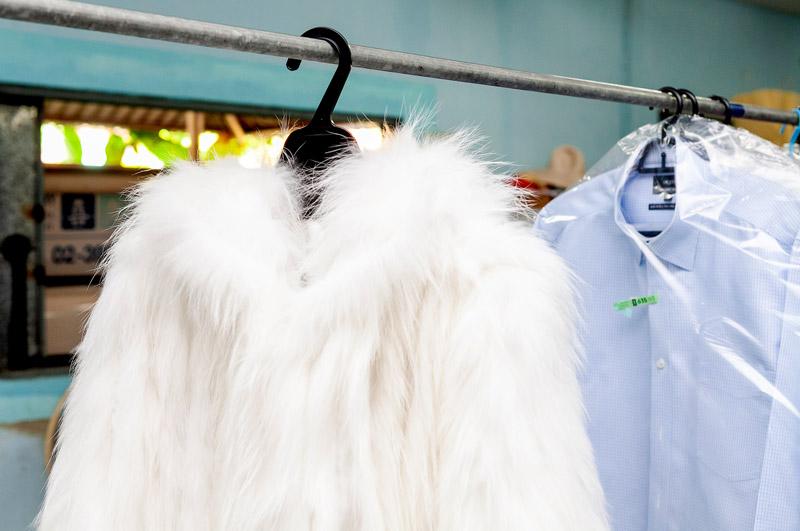 毛皮やファーなどの高級品も任せることができる - KIKUYA THAILAND CO., LTD.