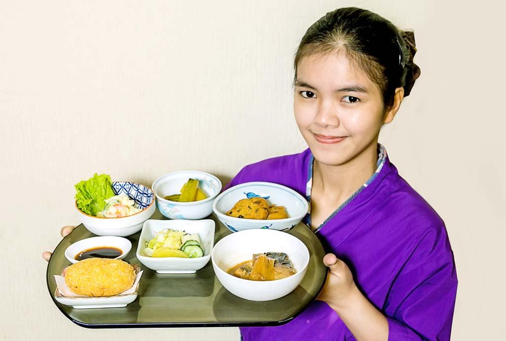【一芯】おふくろの味六種盛 - ワイズデジタル【タイで生活する人のための情報サイト】