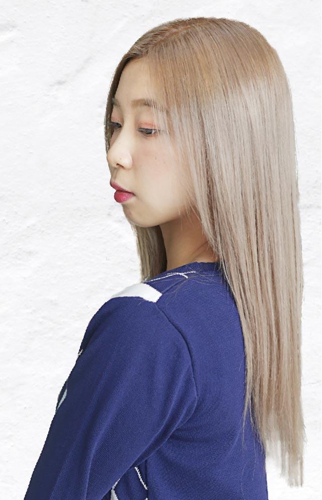 ヘアスタイル カラー・ブリーチ・カット - Hair Style Milk Tea Beige - カラー 1,800B〜(4月末まで) ・ブリーチ 2,300B〜 ・カット 1,200B