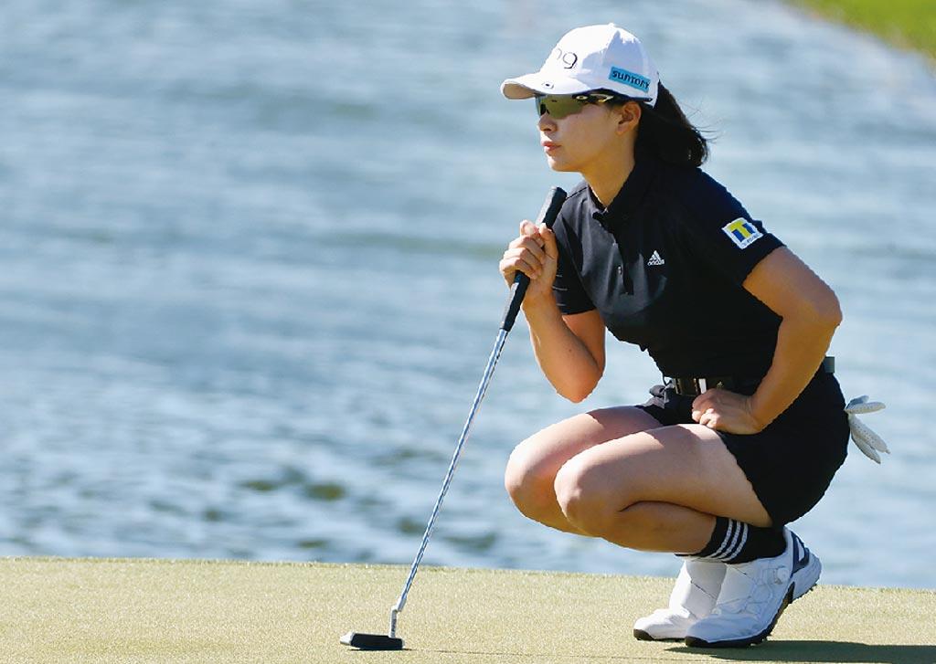 ゴルフを始めたのは8歳。2019年の国内メジャー「ワールドレディスチャンピオンシップ サロンパスカップ」でツアー初優勝を挙げる。同年の「全英AIG女子オープン」では、樋口久子以来となる日本人史上2人目の海外メジャー制覇を果たした。1998年生まれ、岡山県出身。趣味は習字とソフトボール。愛称は「しぶこ」。