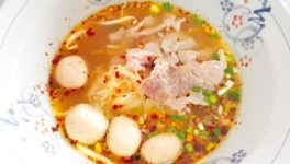 ビーフorポーク?どちらも美味しい麺料理屋さん - ワイズデジタル【タイで生活する人のための情報サイト】