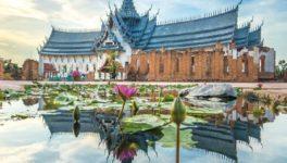 美しい寺院にもたくさん出合える
