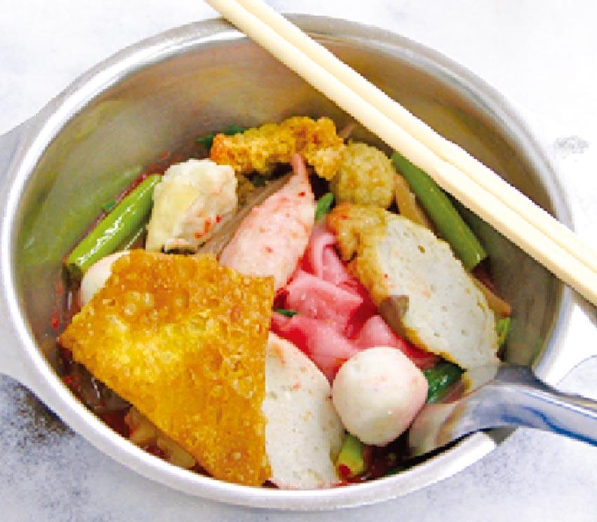汁なし紅腐乳麺 ・・・ 40B