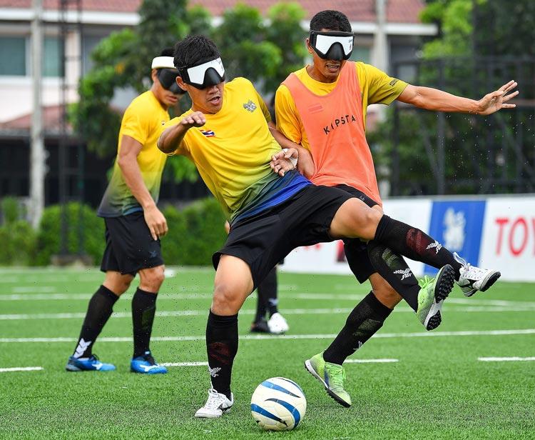 8月24日から開催予定の東京パラリンピックに、タイ史上最多の14競技・74選手が出場。初出場のブラインドサッカーの活躍に大きな注目が集まる。