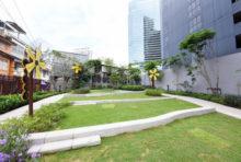 MRTサムヤーン駅近くに新しい公園